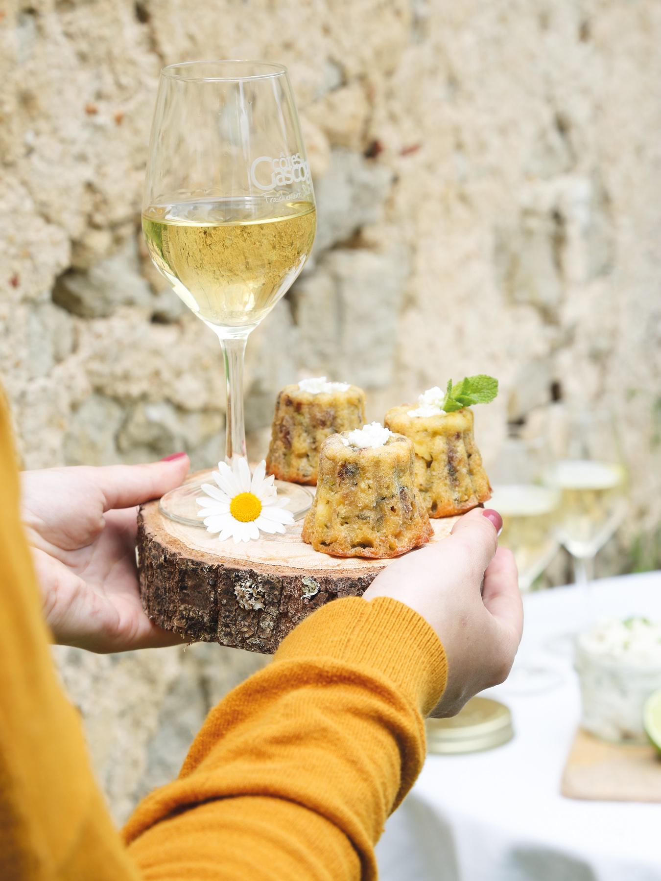 Leaf - Recette de cannelés courgette, feta et menthe. Accord mets et vins côte de Gascogne. Avec @Petitsbeguins et @LaWINEista