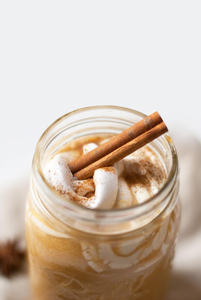 Leaf • 3 recettes à base de potimarron : Pancakes, Pumpkin Spice latte et petits moelleux sans gluten