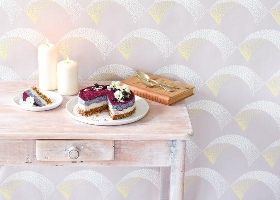 Leaf • Recette de cheesecake végétalien aux myrtilles. Sans gluten et raw